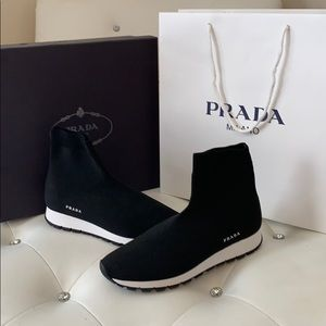 Preloved Prada Calzature Donna Black Sock Sneakers